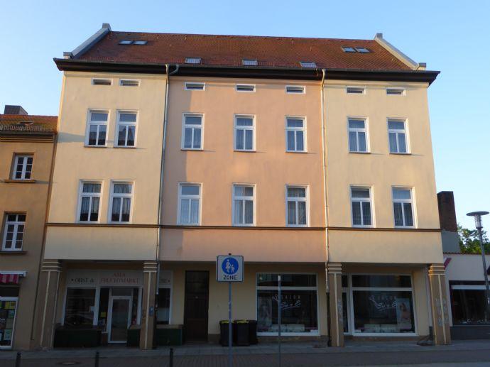 2-Zi.-Altbauwohnung mit EBK in Merseburg