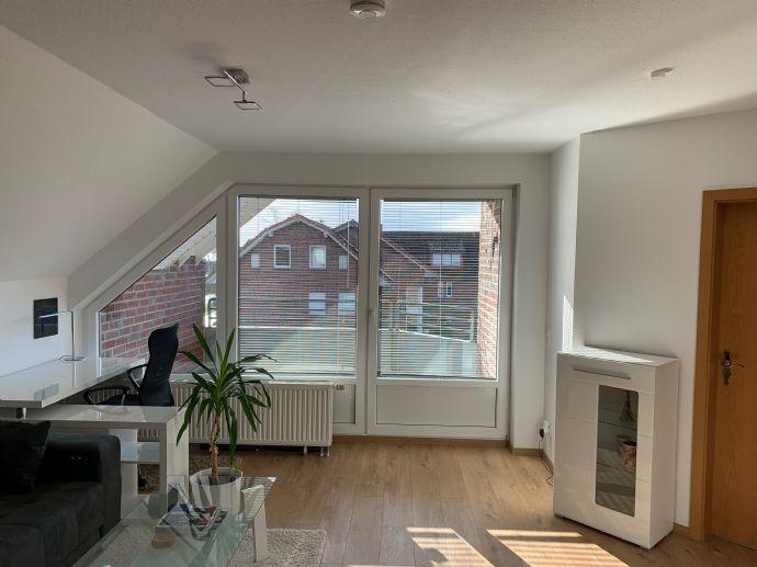 Schöne 2-Zimmer-Dachgeschosswohnung in Dümmernähe