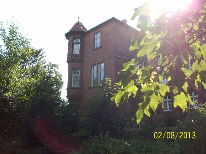 Wohnung in altem Gutshaus nähe Elbradwanderweg in der Altmark auch als Zweitwohnung geeignet b.B. Garten und Nebengelass