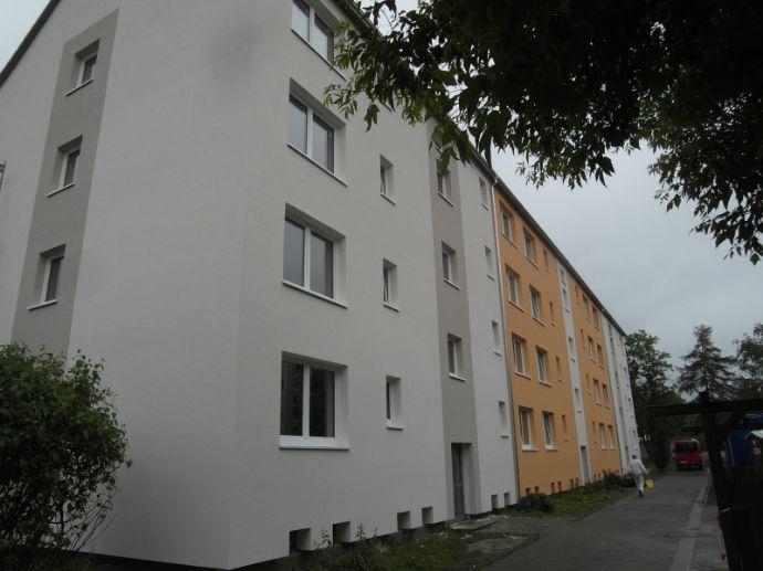 2-Raum Wohnung mit Balkon - Zweitbezug nach Komplettsanierung