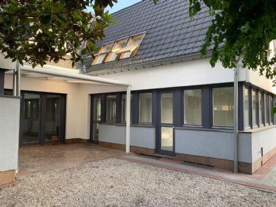 Baugrundstück mit gültige Baugenehmigung für Mehrfamilienhaus mit 10 WE und Tiefgarage mit 9 Stellplätzen