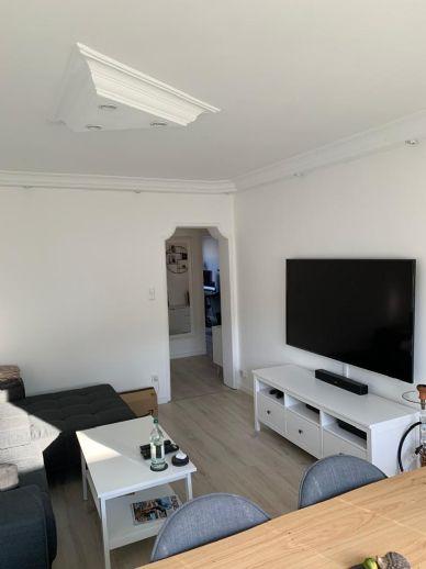 Attraktive 2,5-Zimmer-Wohnung in Wedel mit EBK und Vollbad zu vermieten