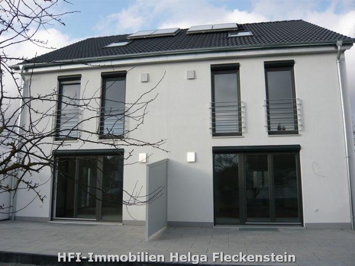 Hier wohnt sich´s schön! Moderne, helle, sonnige DHH in Nersingen OT