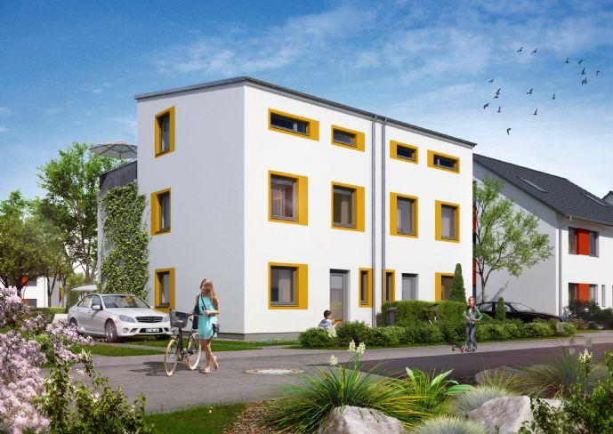 Großzügige Doppelhaushälfte mit toller Ausstattung, Terrasse & Garten