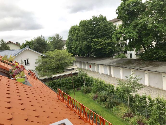 Elegante, großzügige und helle Maisonette-Wohnung im Dachgeschoß - Erstbezug -
