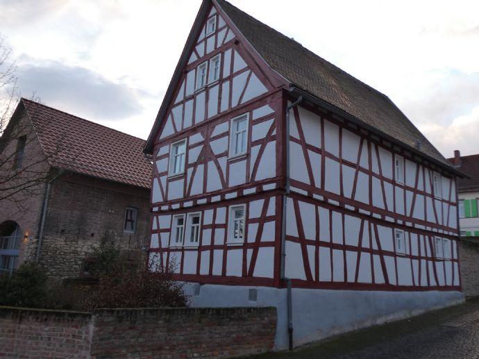 Uriges, saniertes Fachwerkhaus in Kilianstädten