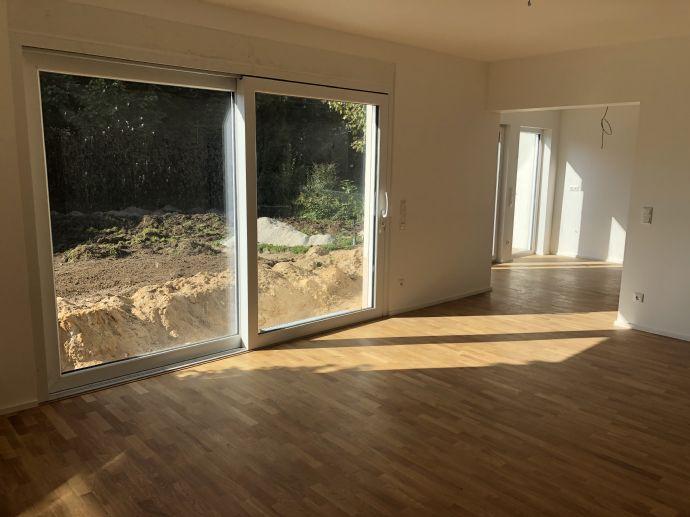 4 Zimmer Wohnung (EG) mit Garten in ruhiger zentrumsnaher Lage