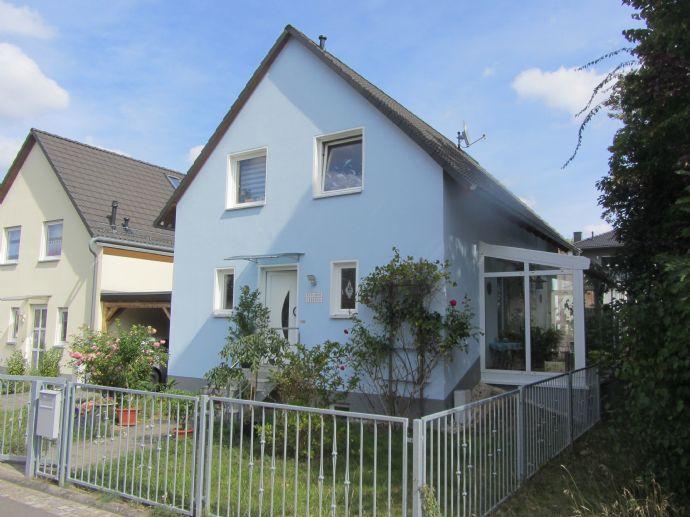 NEU !! ++ AUF INS NEUE ZUHAUSE !! Massives Einfamilienhaus mit Wintergarten ++ NEU!!