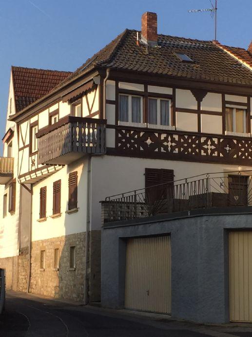 Haus mit Charme in Mainberg - renovierungsbedürftig