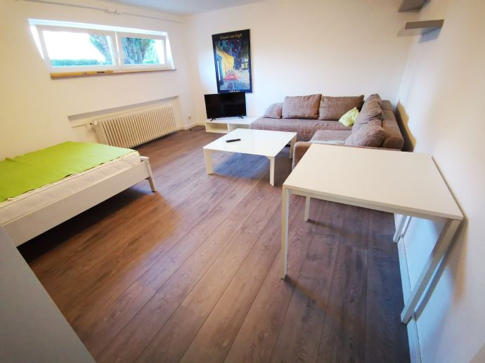 1-Raum-Mietwohnung möbliert in Stuttgart -Möhringen