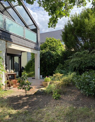 Freistehendes EFH mit Garten in Frankfurt am Main