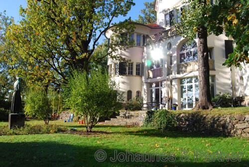 Außergewöhnliche 5,5-Zimmer-Wohnung am Elbhang