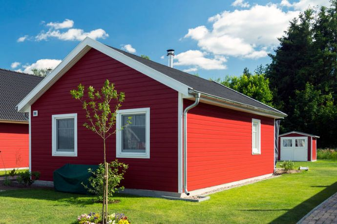 Bezugsfertiges Ferienhaus am Wasser inkl. ca 350 qm Grundstück