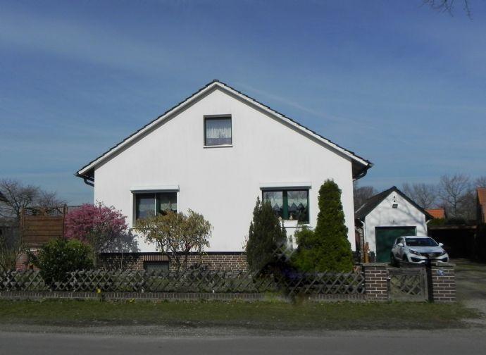 Freistehendes Einfamilienhaus mit Terrasse und herrlichem Garten