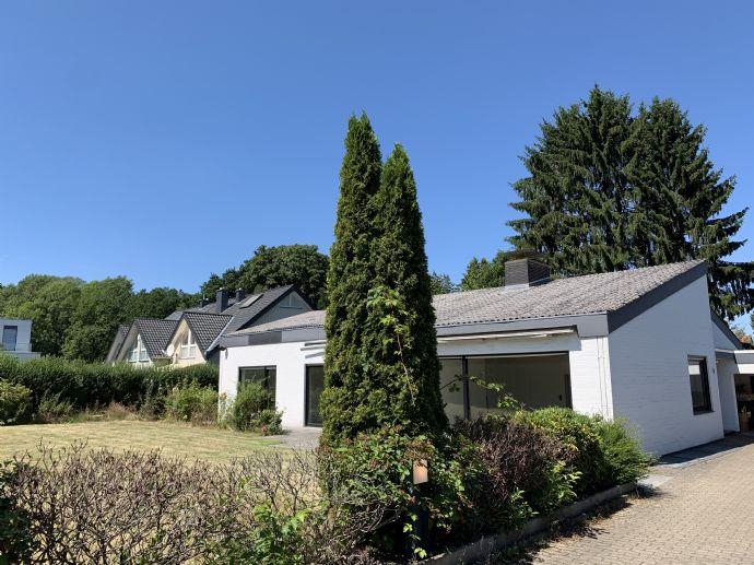 Bungalow mit Einliegerwohnung in Top-Lage in Hoberge-Uerentrup