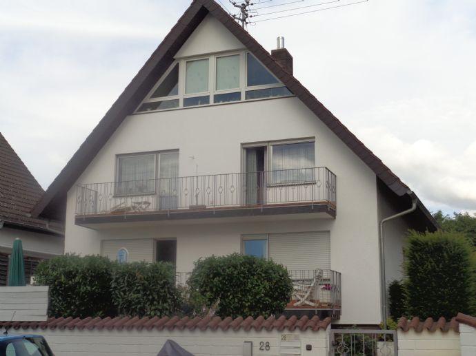 Schöne 2-Zimmer Whg,EBK,Balkon, Frankfurt-Berkersheim