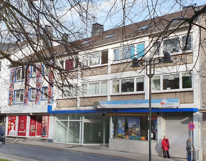 2 sehr interessante Wohn- und Geschäftshäuser in bester Lage von Wuppertal Ronsdorf