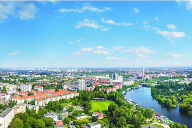 SONNENTERRASSE mit freier Sicht auf die Havel und das grüne Spandau sonnen- und lichtdurchflutetes D