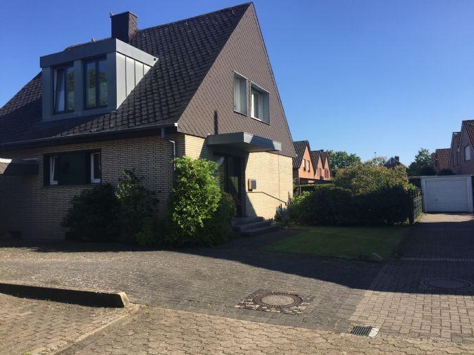 Einfamilienhaus mit Süd-/West-Ausrichtung auf einem traumhaften Grundstück!