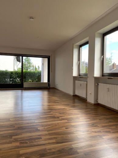 Komplett sanierte 2,5-Zimmer-Wohnung zu vermieten!