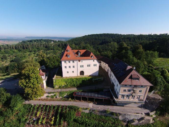 Schloss Roseck - Kulturdenkmal mit atemberaubendem Panorama