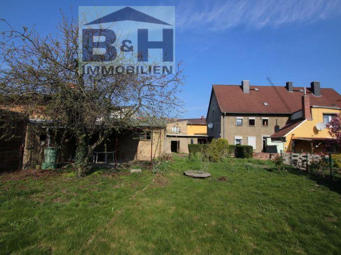Geräumiges Eigenheim DHH mit ca. 120 qm auf ca. 630 qm Garten + Garage in Jeßnitz