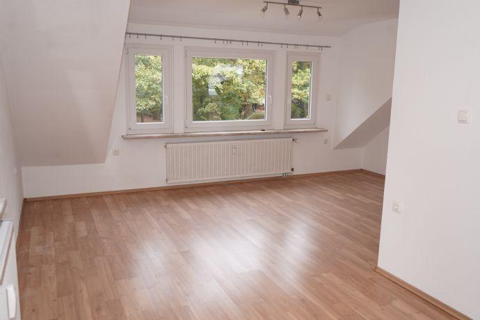 wärmegedämmte sanierte 2-Zimmer-Wohnung nähe VW