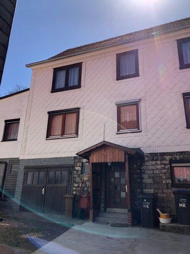 2 Häuser in ländlicher Umgebung für einen Preis!