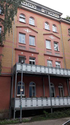3-Zimmer-Wohnung mit offener Küche in Erfurt nahe Altstadt, 91 qm mit Balkon im Erdgeschoss ohne Makler direkt vom Eigentümer