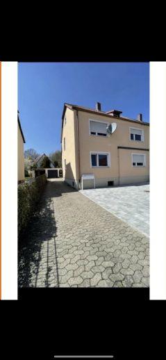 4-Zimmer-Wohnung mit 2 Balkonen im Herzen von Zirndorf