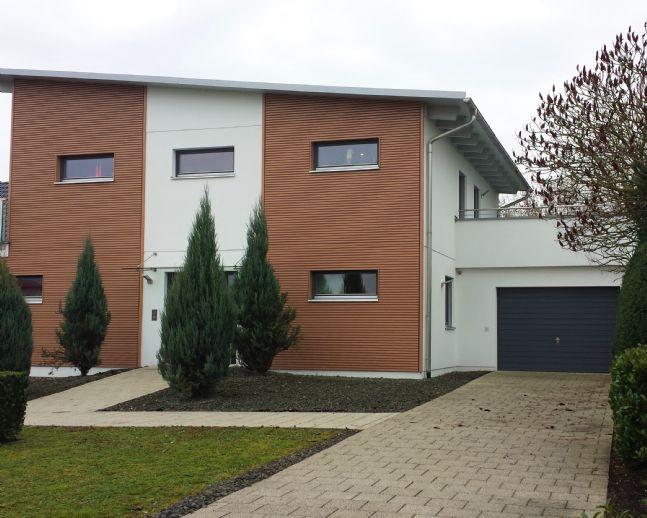 Modernes Einfamilienhaus mit Wellnessbereich