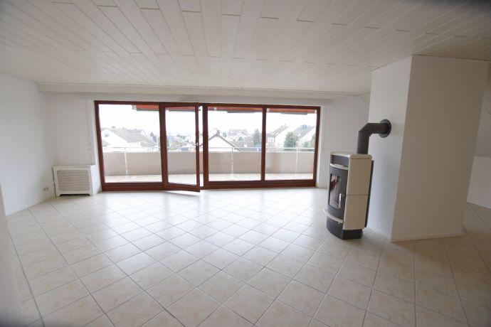 Flörsheim Großzügig geschnittene 2 Zimmerwohnung mit Balkon!
