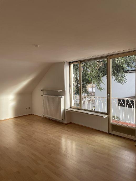 SB Rotenb. schöne grosse offene sehr helle Wohnung