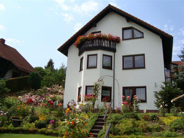 Ruhig und komfortabel wohnen in einem Einfamilienhausneubau am Rande des Biosphärenreservates Vessertal im südlichen Thüringer Wald