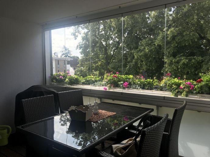 Hochwertige 3 Zimmer mit Loggia und Balkon