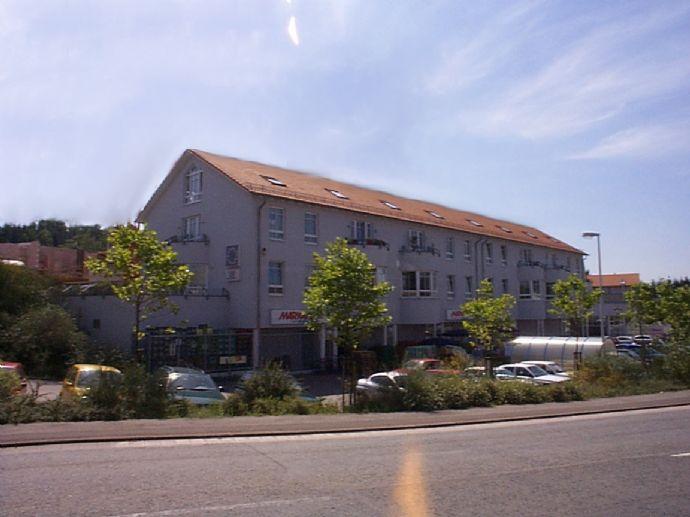 Single oder mit Partner! Moderne Maisonette-Wohnung, 2 ZKB, Balkon, im Ortszentrum Riegelsberg bei Saarbrücken