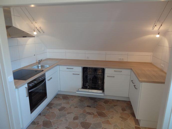 Berkhof 3-Raum-Wohnung mit Einbauküche