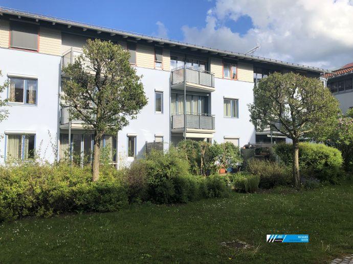 RG-Immobilien - In Stadtpark und S-Bahn-Nähe wohnen, 3 Zimmer Wohnung mit Balkon