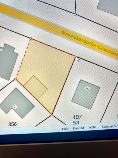LEHNITZSEE-IMMOBILIEN: Baugrundstück mit 3 Garagen