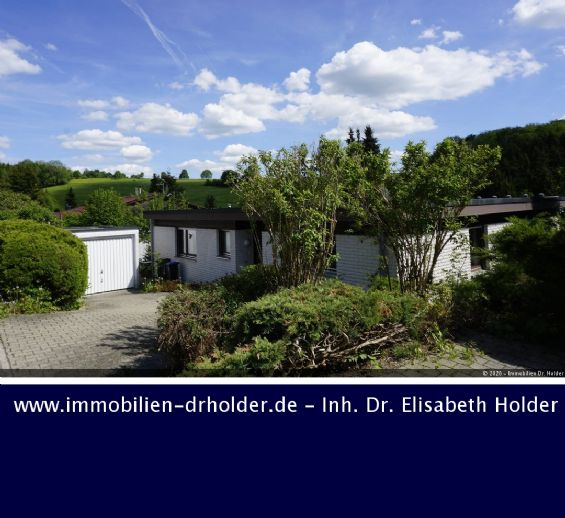 VERKAUFT !!! Panoramablick ins Grüne: Bungalow, Wintergarten, Einlieger-Whg., etc.