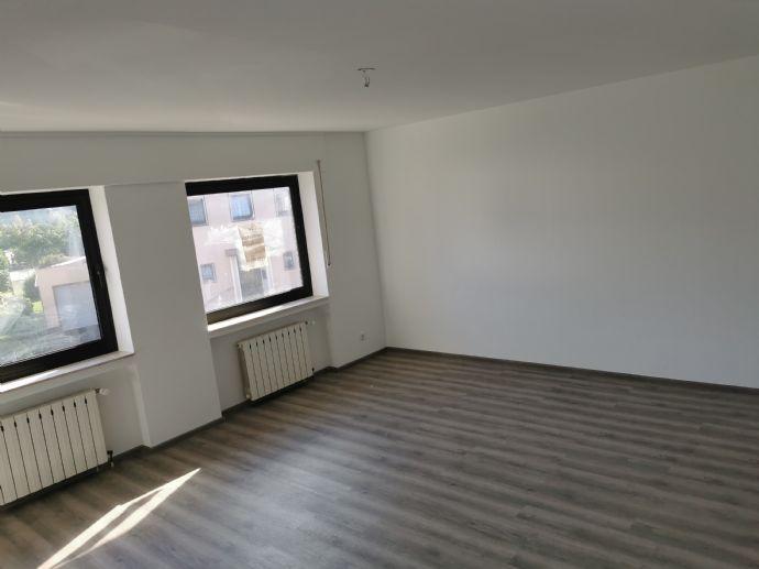 Renovierte Wohnung im 1. OG mit Balkon im Zentrum von Sankt Augustin