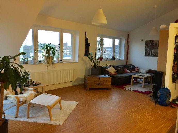 2-Zimmer-Wohnung mit Balkon und Einbauküche im Verlegerviertel