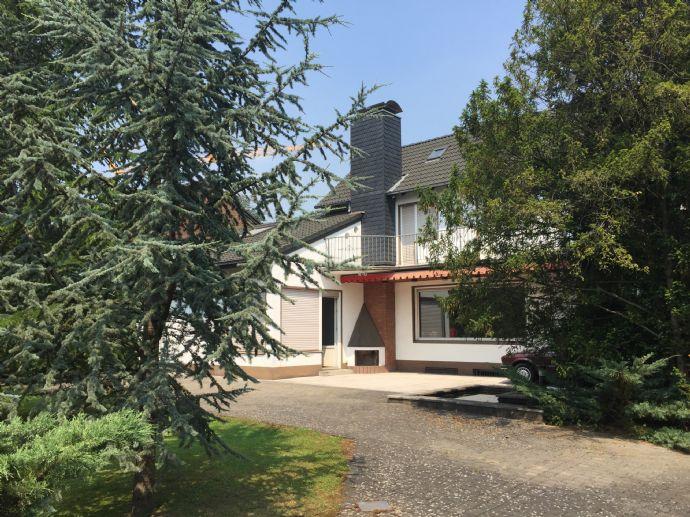 Grundstück mit modernisierungsbedürftigem Einfamilienhaus in Bestlage von Bergisch Gladbach-Frankenforst