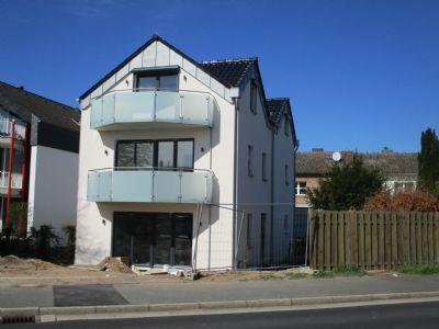 Zwei-Zimmer-Wohnung im Dreifamilienhaus, Neubau, Erftstadt-Lechenich 68 qm