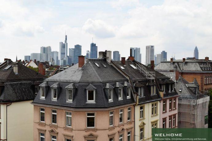 NORDEND: Jumbo Maisonette-Wohnung mit EBK, Dachterrasse und Skylineblick