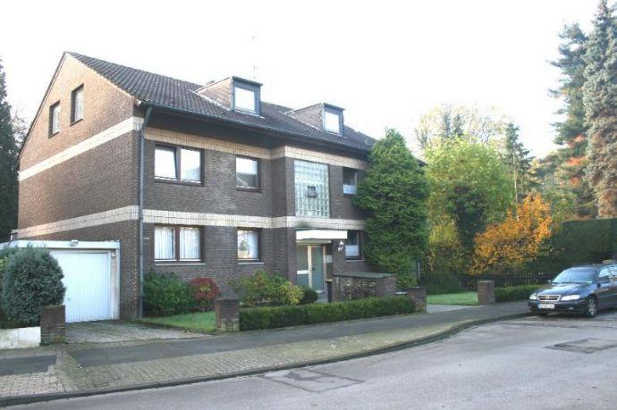 MH-Speldorf, Hittfeldstr., ruhige Bestlage, behagliche 2-Zi-Whg.,DG (2. OG), 65 m²