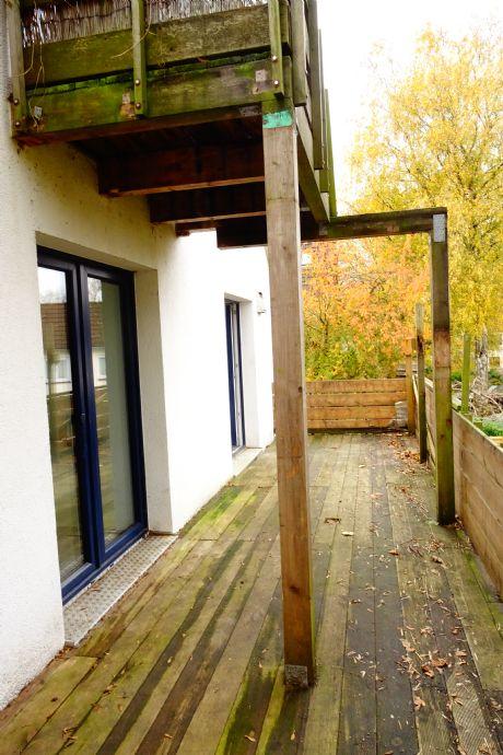 Etwas Besonderes - Groß Borstel - 4 Zimmer - Courtage 4,25 % - Saniertes, ökologisches Endreihenhaus in schöner Lage