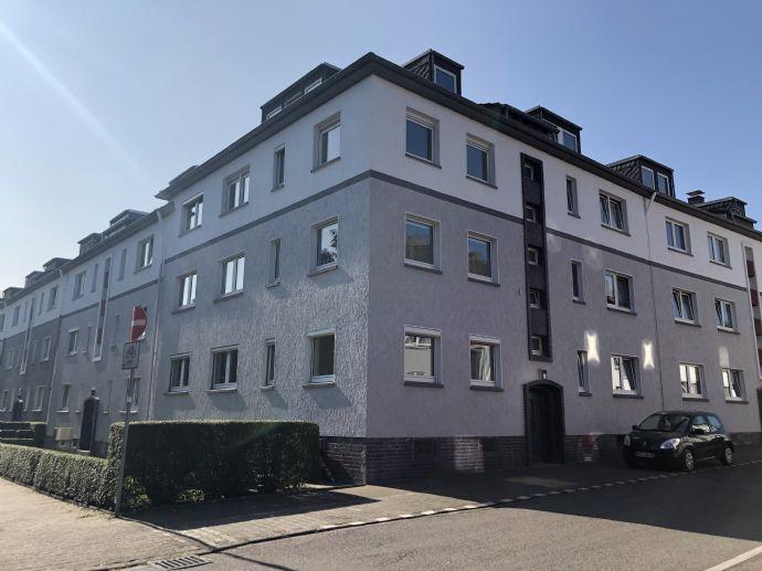 Schön renovierte Erdgeschoss 2,5-Zimmer-Wohnung in Bottrop Stadtmitte