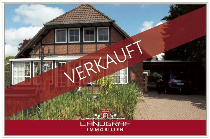 Gepflegtes Einfamilienhaus mit Wintergarten & Sommerterrasse wartet auf neue Familie!
