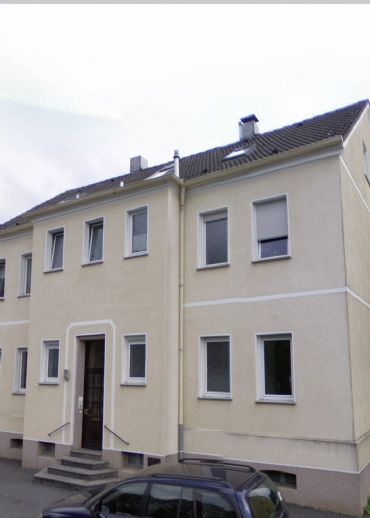 Gepflegte Dachgeschosswohnung in ruhiger Lage